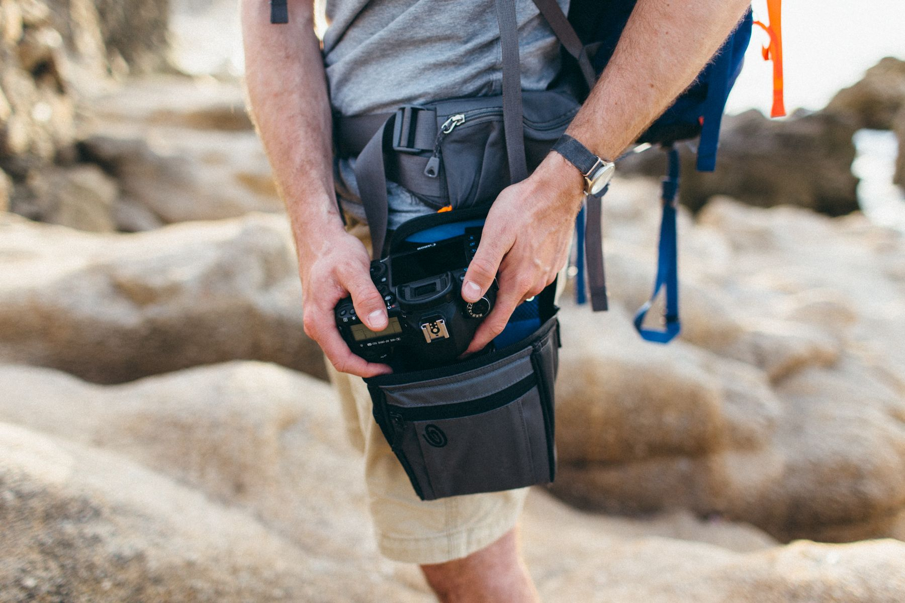 Best Way To Carry Camera While Hiking